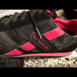 Coach shoes worn once